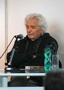 http://cs.wikipedia.org/wiki/Smoljak